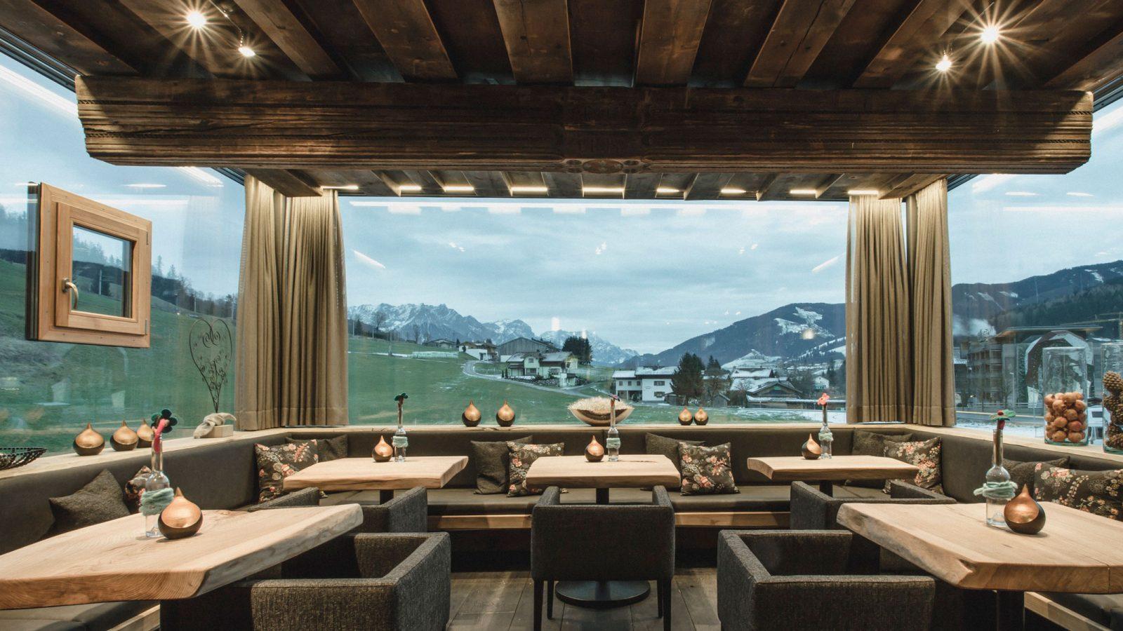 6 leistbare designhotels in sterreich maxima. Black Bedroom Furniture Sets. Home Design Ideas