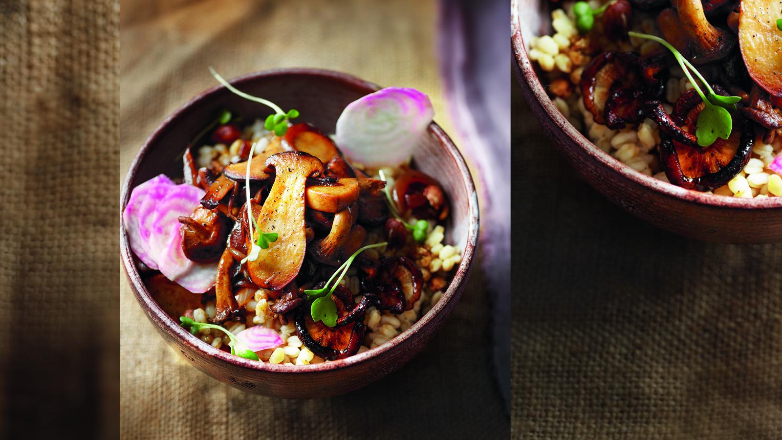 Rollgerste-Salat