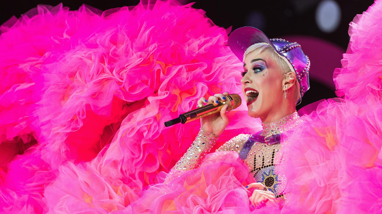Katy Perry Swish Swish Nicki Minaj
