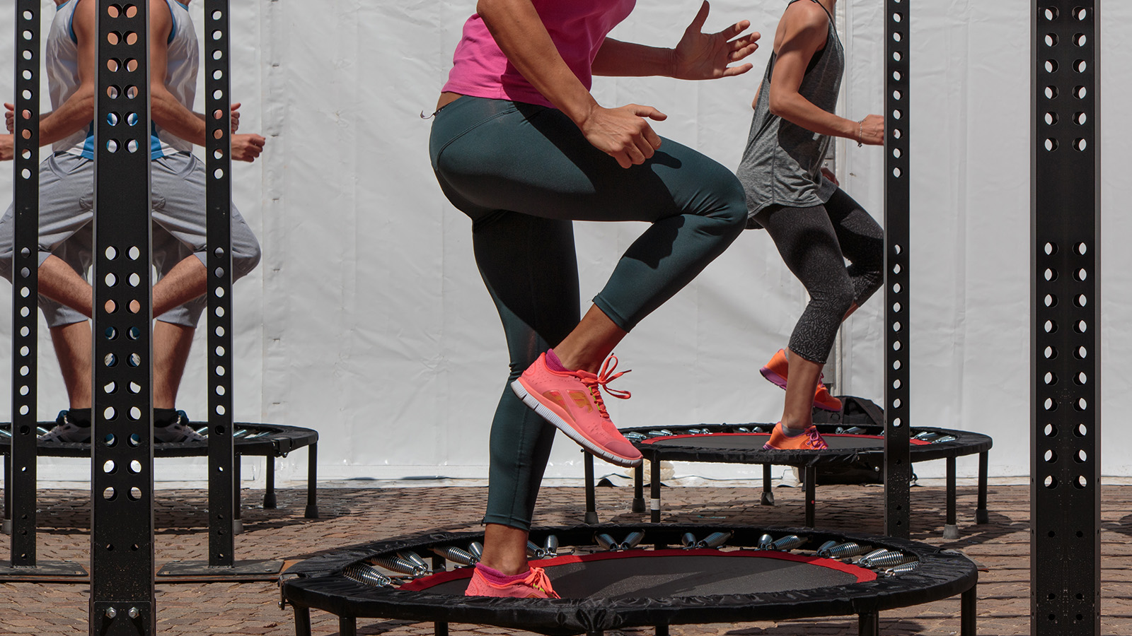 Trampolin-Workout Jumping lekfit