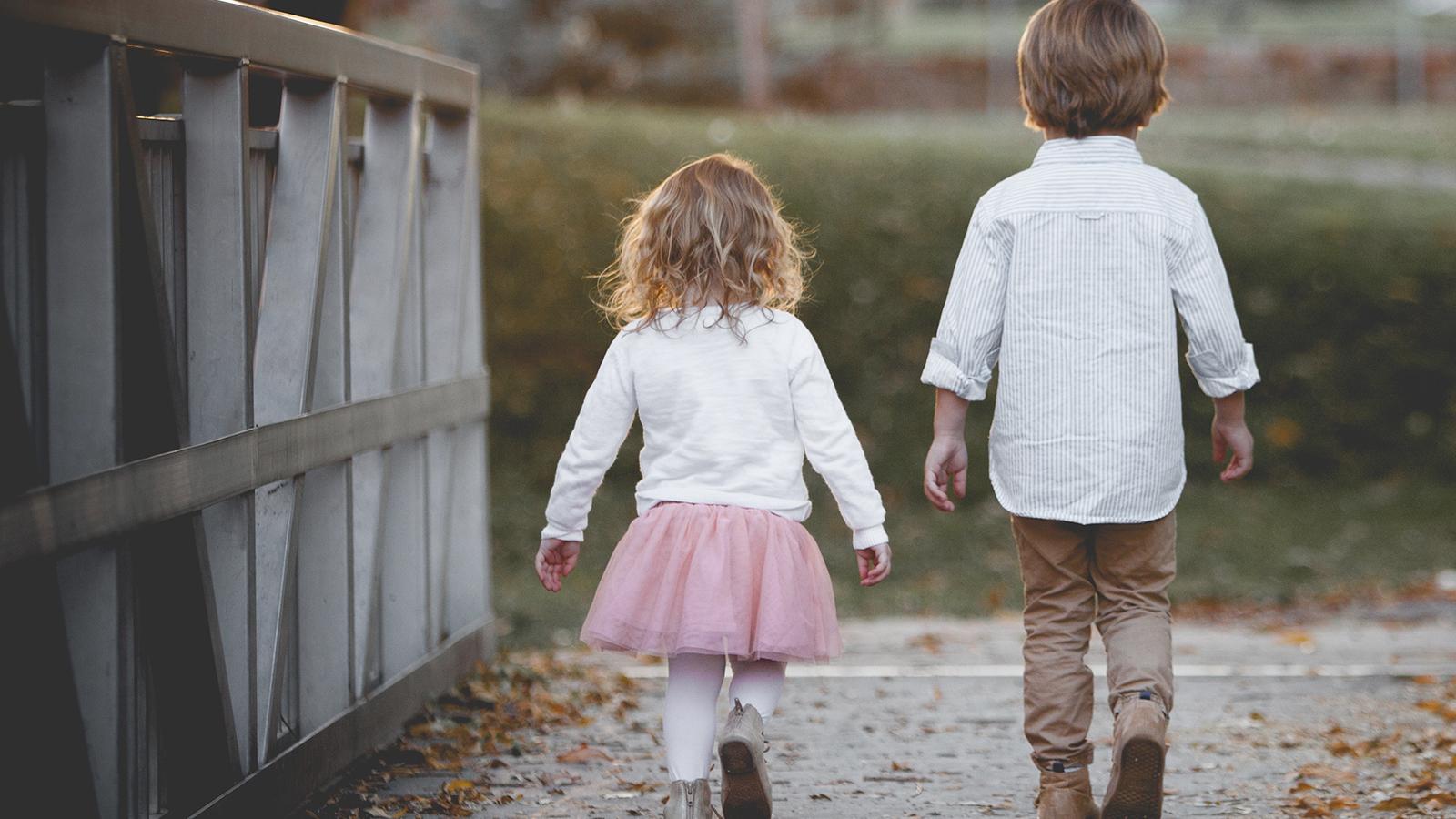 Kinderkleidung mieten ausleihen